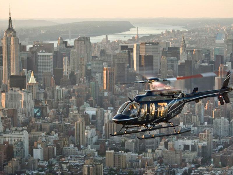 Flug mit dem Helikopter über New York